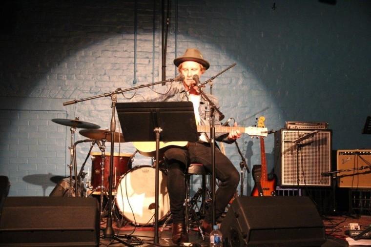 Ryan Oliver sings Nevada